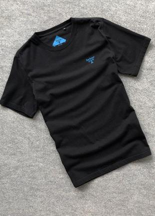 Базова чорна футболка від barbour beacon slim fit tee black