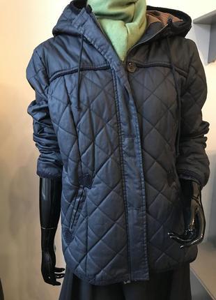 Стильная куртка c капюшоном бомпер косуха  pull&вear