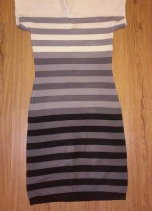 Трикотажное платье в полоску incity