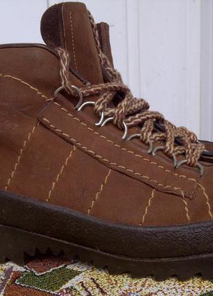 Треккинговые ботинки hock skywalk