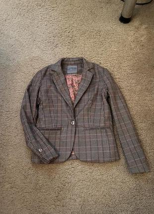 Стильный школьный пиджак next в клетку