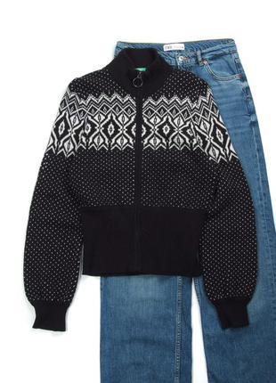 Вязаный кашемировый свитер benetton