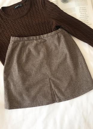 Трикотажная коричневая мини юбка