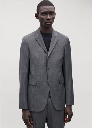 Легкий стильный пиджак cos , 100 % шерсть