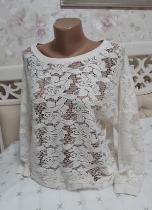 Блуза молочного цвета