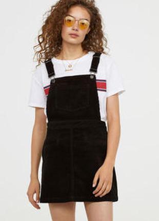 Чёрный вельветовый сарафан в рубчик с карманами h&m