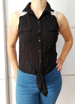 Блуза с кружевными плечиками*