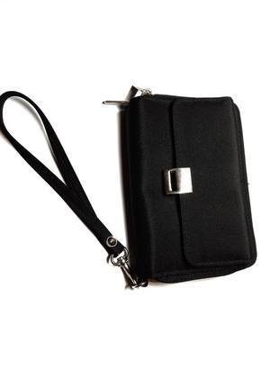 Класний гаманець на 2 відділення  в ідеальному стані  бренд bhs  210 грн