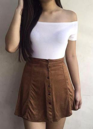 Коричневая замшевая юбка с кнопками bershka