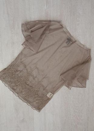 Продается нереально крутая  футболка сетка с бисером   от h&m