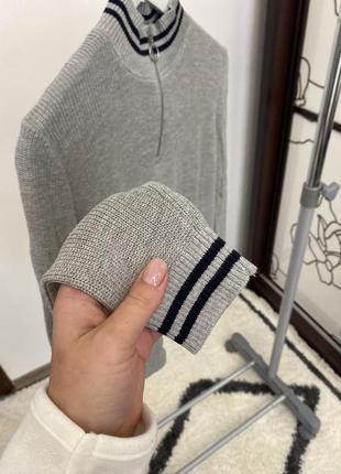 Вкорочений светр