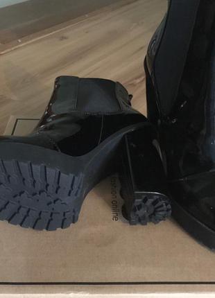 Лаковые полуботинки на каблуке asos