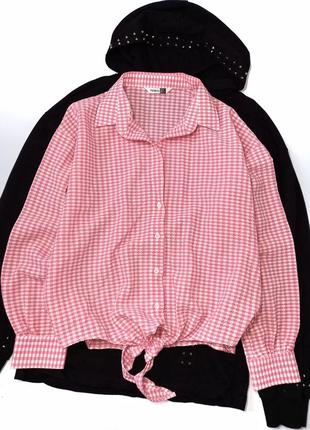 Класна рубашка в клітинку  тканина типу вафельна  розмір м  стан нової 225 грн