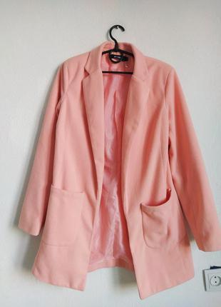 Пудровое пальто плащ без застежек