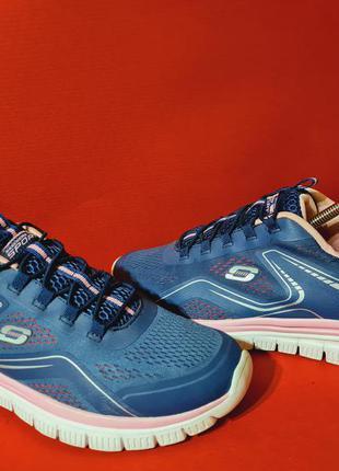 Skechers 42р. 26.5см кроссовки для бега и тренировок