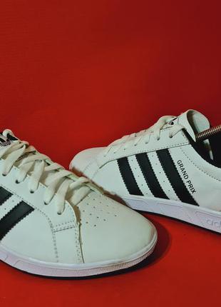 Adidas grand prix 42р. 26.5см кроссовки