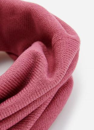 Стильный трикотажный шарф хомут reserved