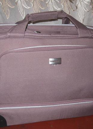Сумка-чемодан на колесах,фирма amway (сша)