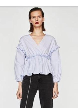 Стильная голубая блузка zara на запах котон