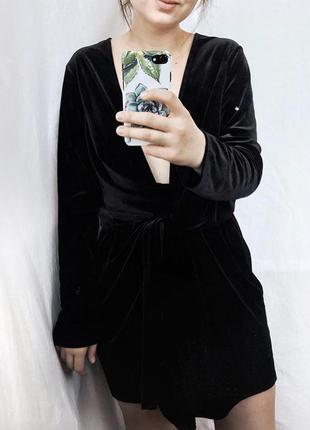 Крутое бархатное платье