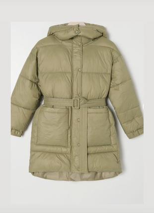 Класна куртка/пуховик