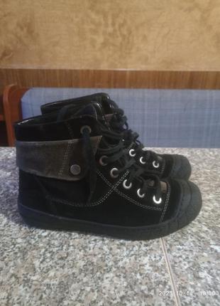 Замшевые утепленные  хайтопы туфли бренд gabor