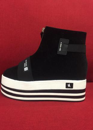 Крутые осенние ботинки на платформе хит сезона!
