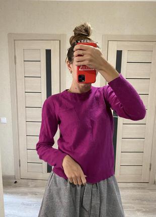 Шерстяной свитер , яркая тёплая кофта