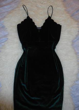 Велюровое платье изумрудного цвета от boohoo