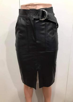 Шкіряна трендова юбка олівець bershka