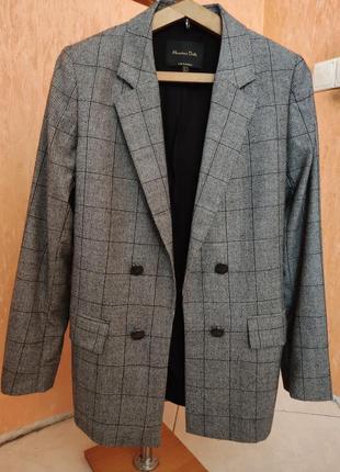 Пиджак- блейзер шерсть 100% massimo dutti