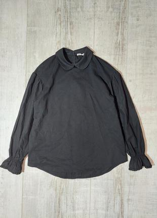 Красивая блузка черная с воротником и обьемными рукавами