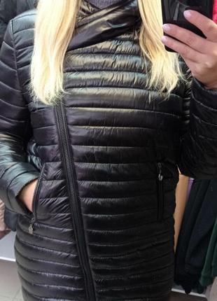 Шикарная теплая дэмисезонная удлинённая куртка,пальто с капюшоном,размеры 40-60+.