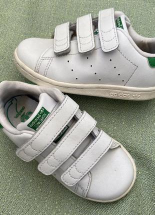 Кроссовки adidas оригинал р.25