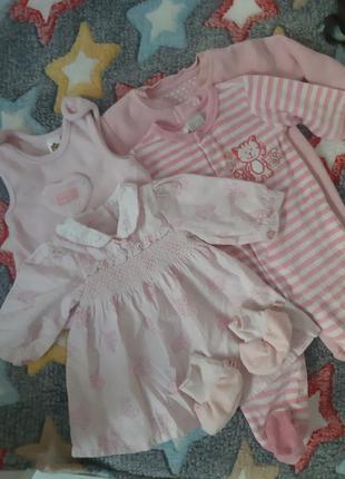 Пакет одягу для дівчинки на 0-3 місяці
