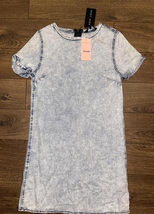 Стильное тонкое базовое синее голубое прямое джинсовое платье-футболка варенка 100% хлопок s