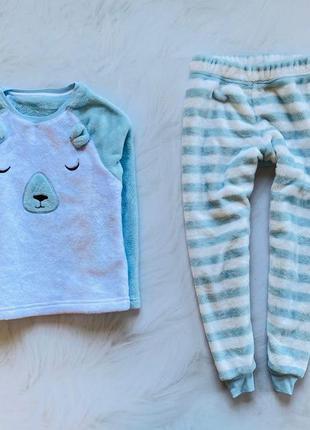 M&s  классная  теплая плюшевая  пижама на   девочку 7-8 лет