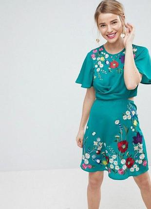 Роскошное платье asos с вышивкой! платье-вышиванка! с вышивкой в цветы!