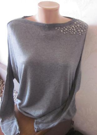 Фирменный свитер esprit размер xs( можно приспустить на плечо