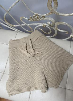 Шорти вязані