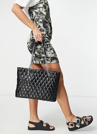 Роскошная большая стёганная сумка asos! на стильных цепочках!