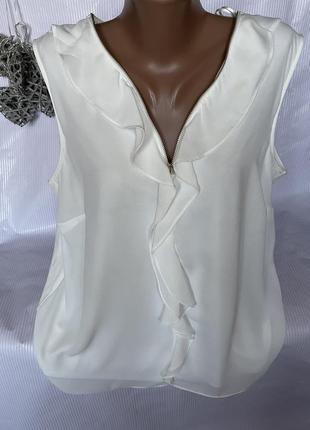 Нежная блуза с замочком