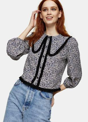 Трендовая блуза с воротником от topshop/блуза с цветочным принтом.рукавами воланами