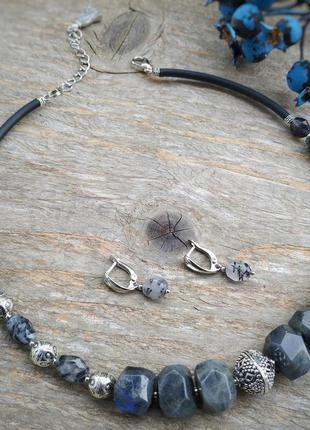 Сірий чокер з натурального каміння лабрадорит та рутиловий кварц