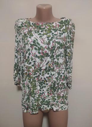 Блуза блузка белая зеленая в цветах бабочках листьях красивая
