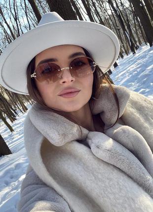 Білий капелюх федора шляпа белая