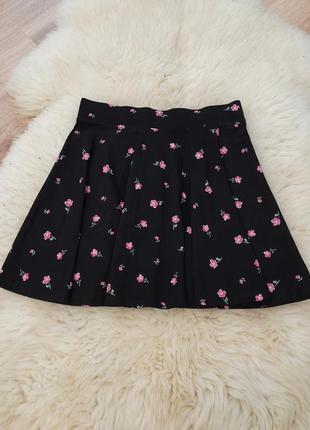 Коттоновая черная юбка-солнце в цветочный принт новая с биркоц