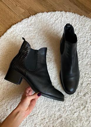 Натур. кожаные крокодиловые ботинки
