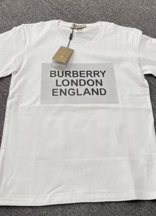 Трендовая футболка в стиле burberry