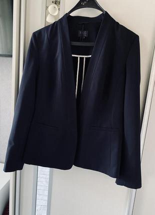 Шикарный темно-синий пиджак из костюмной ткани